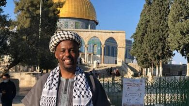 """صورة محتال من جنوب افريقيا """"شهيد ستكالا"""" يخدع رئيس الوزراء الفلسطيني شتية ووسائل الاعلام العربية"""