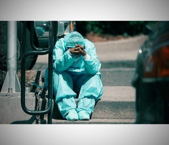 صورة كارثة جديدة قبل وداع 2020 .. بريطانيا تكتشف سلالة جديدة لفيروس كورونا تثير قلق علماء الأوبئة